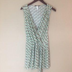 Dresses & Skirts - Medium printed minidress blue & green faux wrap